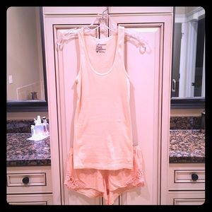 Peach colored sleep set size S 🍑